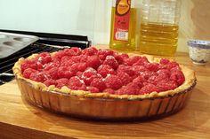 Raspberry tart made at DtS Con Raspberry Tarts, Bbq, Sugar, Fruit, Recipes, Food, Barbecue, Barrel Smoker, Essen