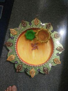 Ganpati decoration ideas pooja ki thali and aarti ki for Aarti plate decoration