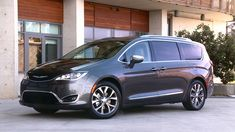 """Cars.com editorsnamed the all-new2017 Chrysler Pacificathe """"Best of 2017"""" at their annual 2017Best of Awardsshow hosted in Detroit during the North American International Auto Show."""