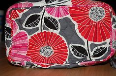 NEW WITH TAGS VERA BRADLEY BLUSH & BRUSH COSMETIC TRAVEL CHEERY BLOSSOMS