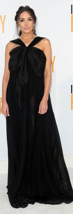 Who made Olivia Culpo's black gown?