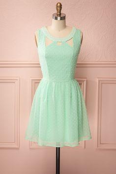 Rhonda Romantique - Mint green pastel dress with pearls
