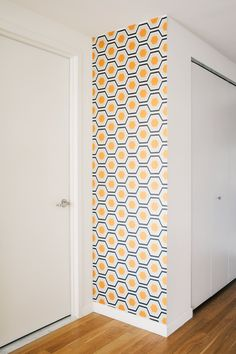 Haute Apple Pie Giveaway: Chasing Paper, removable wallpaper for the urban home. $50 towards first purchase. This product is awesome to spice up a wall or for a fun DIY project!