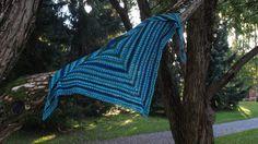 Neulottu kolmiohuivi (Pirtti-kolmiohuivi) Merino Wool Blanket, Ravelry, Villa, Fork, Villas