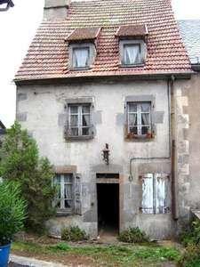it's old, it's a row house, love it!