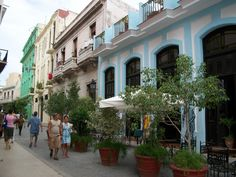 The streets in Havana, Cuba are always so colorful
