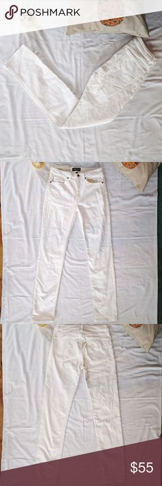 "NWT American Apparel High-Rise Skinny Jeans *NWT American Apparel High-Rise Skinny Jeans  *Gorgeous stark white denim *Elegant high-rise perfect for any occasion *Size 30 *New with tags, never worn  *32"" inseam  *10"" rise *42"" outseam  Please feel free to make an offer or ask questions!  xoxo Karlynn [: American Apparel Jeans Skinny"