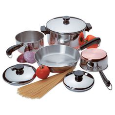 Love my Revere Ware pans.  Just like my mother and grandmother have/had.