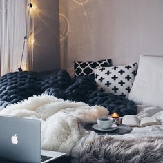 You have a nice living room but no room? And if you partition your living room to create this room you dream? How to create two separate spaces in a room without heavy work? Stylish Bedroom, Cozy Bedroom, Bedroom Decor, Bedroom Ideas, Bedroom Bed, Bedroom Lighting, Budget Bedroom, Couple Bedroom, Bedroom Inspo