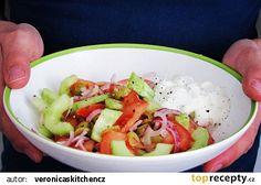 Salát na řecký způsob recept - TopRecepty.cz Guacamole, Potato Salad, Potatoes, Menu, Chicken, Ethnic Recipes, Food, Menu Board Design, Potato