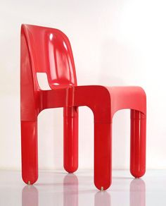 Joe Colombo 4867 plastic vintage red chair at bomdesignfurniture.com