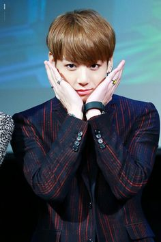 BTS jungkook so cute Maknae Of Bts, Bts And Exo, Bts Bangtan Boy, Jung Kook, Busan, K Pop, Adore U, Romance, Jeon Jeongguk