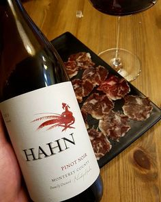 Hahn Pinot Noir 2015 with jamon  fruity daily pinot, -  오랜만에 한!  달달한건 어쩔 수 없지만  체리향 가득한 미국피노  쫄깃한 하몽에 후추후추 뿌려서 - #hahn #pinotnoir #montereycounty #jamon #winestagram #winelover #winetasting  #한 #피노누아 #하몽 #와인스타그램 #montereybaylocals - posted by Jace https://www.instagram.com/jace_wino - See more of Monterey County at http://montereybaylocals.com