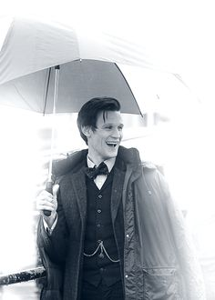 I couldn't resist. This photo of Matt Smith is just gorgeous. And his smile is just perfect. <3 this man.