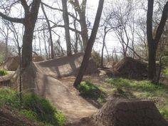 Mtb Trails, Park Trails, Mountain Bike Trails, Dirt Bike Track, Bmx Dirt, Mtb Bike, Bmx Bikes, Bicycle, Jump Park
