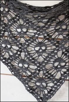 CROCHET - CROCHET - Sponsors - GRAPHICS: A SHAWL CROCHET FABRIC VERY CUTE, CUTE TO GIFTS FOR CHRISTMAS