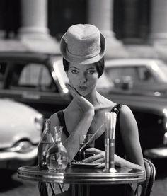 Place de le Madeleine, 1956 (Fred Brommet)