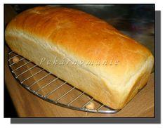 Toustový chleba s omládkem Bread, Baking, Recipes, Food, Brot, Bakken, Essen, Meals, Backen