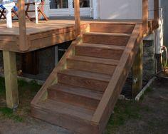 Escalier en bois exotique pour ma terrasse
