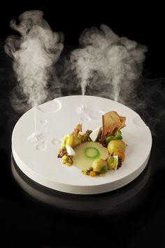 We specialeffect food with dry ice; small vulcanos that transport sent and fregrance enjoyable! Extra appertizing.