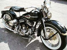 Photos and description of Harley-davidson flathead,Harley-davidson. Classic Harley Davidson, Vintage Harley Davidson, Harley Davidson Motorcycles, Cars Motorcycles, Scooters, Antique Motorcycles, American Motorcycles, Harley Bobber, Harley Bikes
