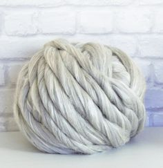Chunky merino and silk yarn 23mic 64's Grey Merino / Extra Bleached Tussah Silk 1 kg