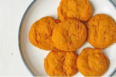 Vous pouvez le conserver au réfrigérateur pendant une semaine ! Prévoyez 12 à 15 biscuits.