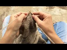 portuguese knitting with rosa pomar - the knit stitch | A Ervilha Cor de Rosa