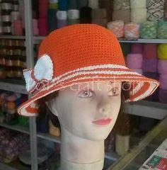 crochet hat Craft Shop, Crochet Hats, Crafts, Shopping, Ideas, Fashion, Knitting Hats, Moda, Manualidades