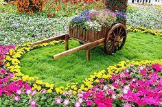 carrinho para enfeitar o jardim aproveitando retalhos de madeira