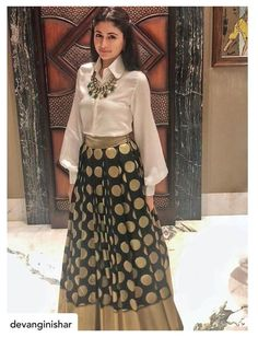 Indian Designer Outfits, Indian Outfits, Designer Dresses, Indian Skirt, Dress Indian Style, Lehnga Dress, Lehenga Choli, Lehenga Skirt, Skirt Fashion