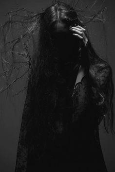 Dark Beauties (Denis Pushkin via Gryulich)
