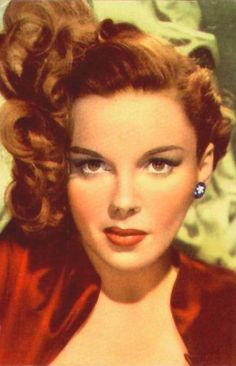 Lovely color portrait of Judy Garland.  Imagine - she didn't think she was pretty.