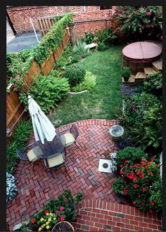 House - tiny garden