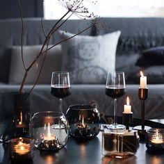 Black Friday. Sitä toitotetaan nyt joka paikassa... #myhome #blackfriday #saunatupa #koti #hygge #interior #inredning #sisustus Decorating Blogs, Interior Decorating, Wine Candles, Luxury Rooms, Wine Time, Pretty Lights, Fall Table, Diy Garden Decor, Home Art