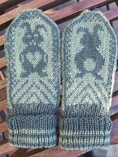 Unlike most of Jorid's patterns, this pattern is currently available only in Norwegian, as such the below link goes to her Norwegian shop.