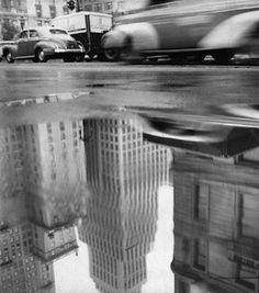"""""""Un reflet de New York"""" Photographie de Robert Frank 1947"""