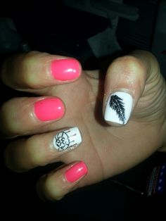 Dream catcher and feather design on shellac nails :)