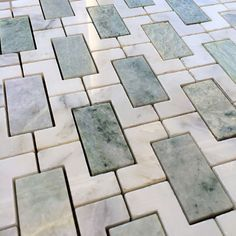 Cool-green palate Arabescato Marble Ming Green Marble with Calacatta marble moasic