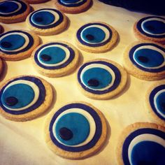 Evil Eye, Vanilla Cake, Biscuits, Bakery, Greek, Eyes, School, Art, Crack Crackers