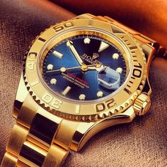 In some cases part of that image is the quantity of money you invested to use a watch with a name like Rolex on it; it is no secret how much watches like that can cost. Fancy Watches, Rolex Watches For Men, Expensive Watches, Luxury Watches For Men, Cool Watches, Rolex Vintage, Rolex Explorer, Gold Rolex, Rolex Day Date