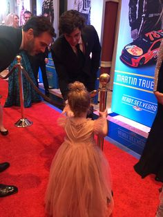 Jimmie Johnson's daughter greets Chase Elliott on the red carpet ;)