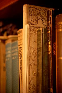 Find images and videos about vintage, book and harry potter on We Heart It - the app to get lost in what you love. Old Books, Antique Books, Vintage Books, Lizzie Hearts, Raindrops And Roses, Little Paris, Gold Aesthetic, Hogwarts Houses, The Villain