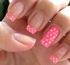 Polka dot nail design