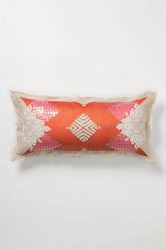 Kırmızı otantik yastık