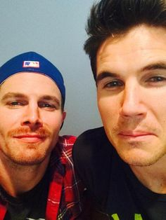 Stephen Amell and Robbie Amell