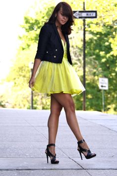 Oh Delmy....Soooo GORG!  She is my ultimate favorite blogger!  Follow her on Fashion Bananas!