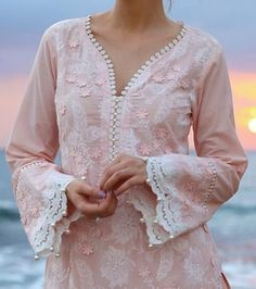Best 12 Neck deaigns – Page 358247345358899045 – SkillOfKing. Kurti Sleeves Design, Sleeves Designs For Dresses, Neck Designs For Suits, Kurta Neck Design, Neckline Designs, Dress Neck Designs, Sleeve Designs, Blouse Designs, Pakistani Dresses Casual