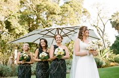 Melbourne Wedding at Gardens House + Comme  Read more - http://www.stylemepretty.com/australia-weddings/victoria-au/melbourne/2014/01/30/melbourne-wedding-at-gardens-house-comme/