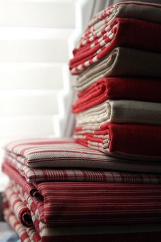 French General Red/White/Taupe